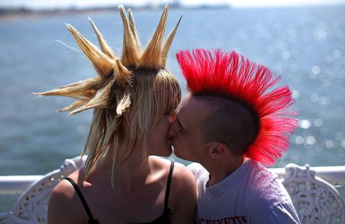 Punk kiss