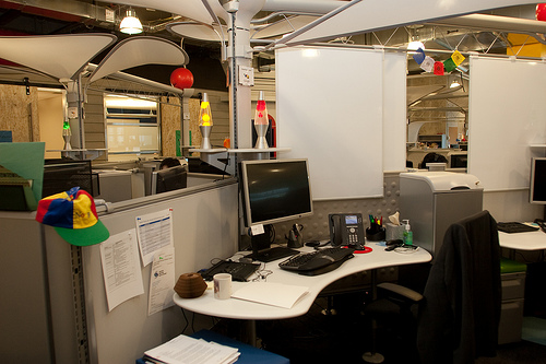 Google office snapshots Office Interiors Ladies And Gentlemen Give You Office Snapshots Have Look Around The World And For What Its Worth Dont Get Too Depressed About Your Own Office Leonid Mamchenkov Office Snapshots Blog Of Leonid Mamchenkov