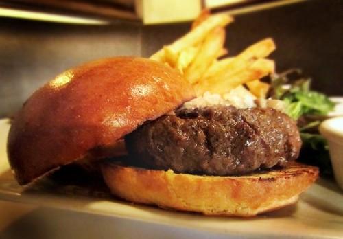The Burger Adventure : Les Halles NYC