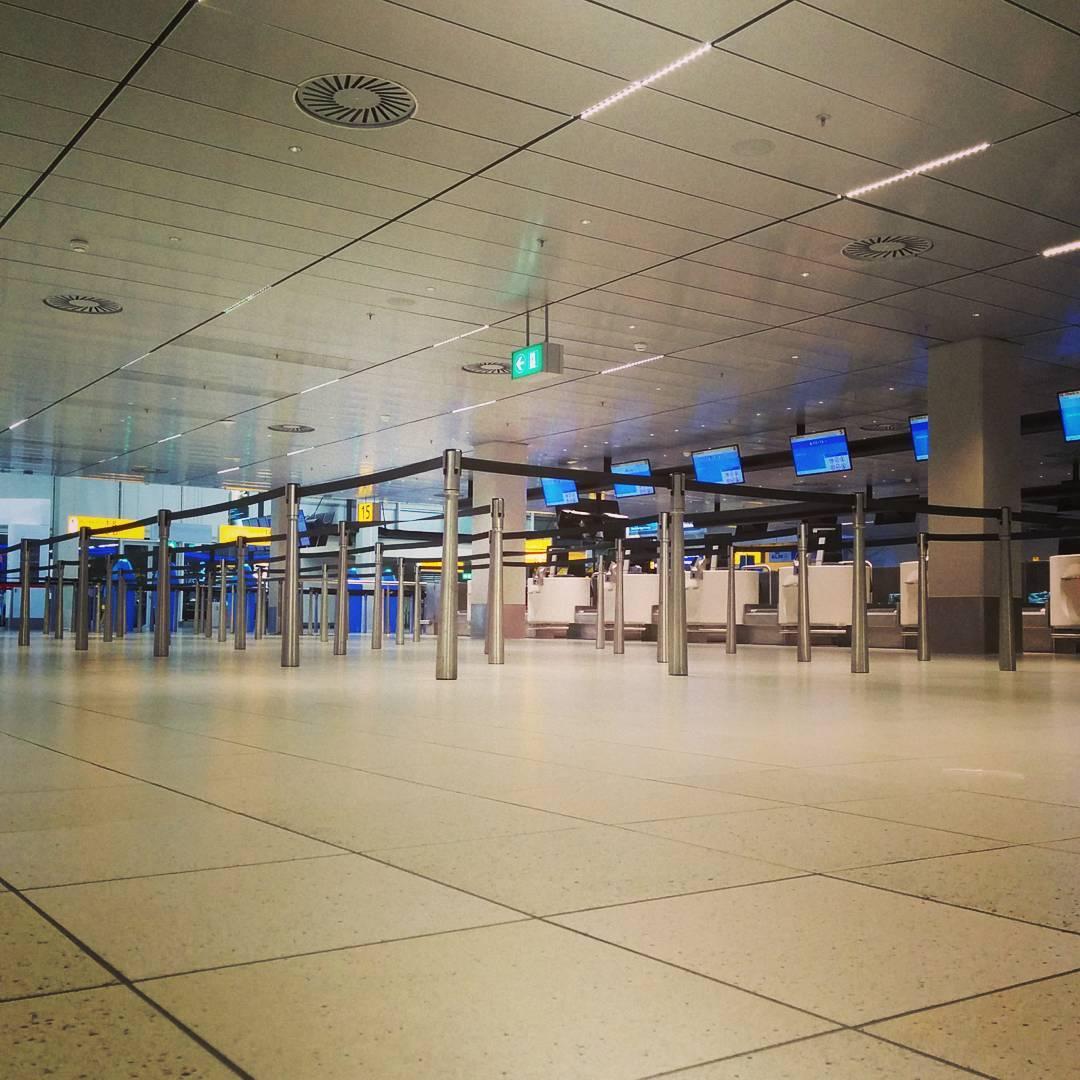 Amsterdam. Airport. Floor