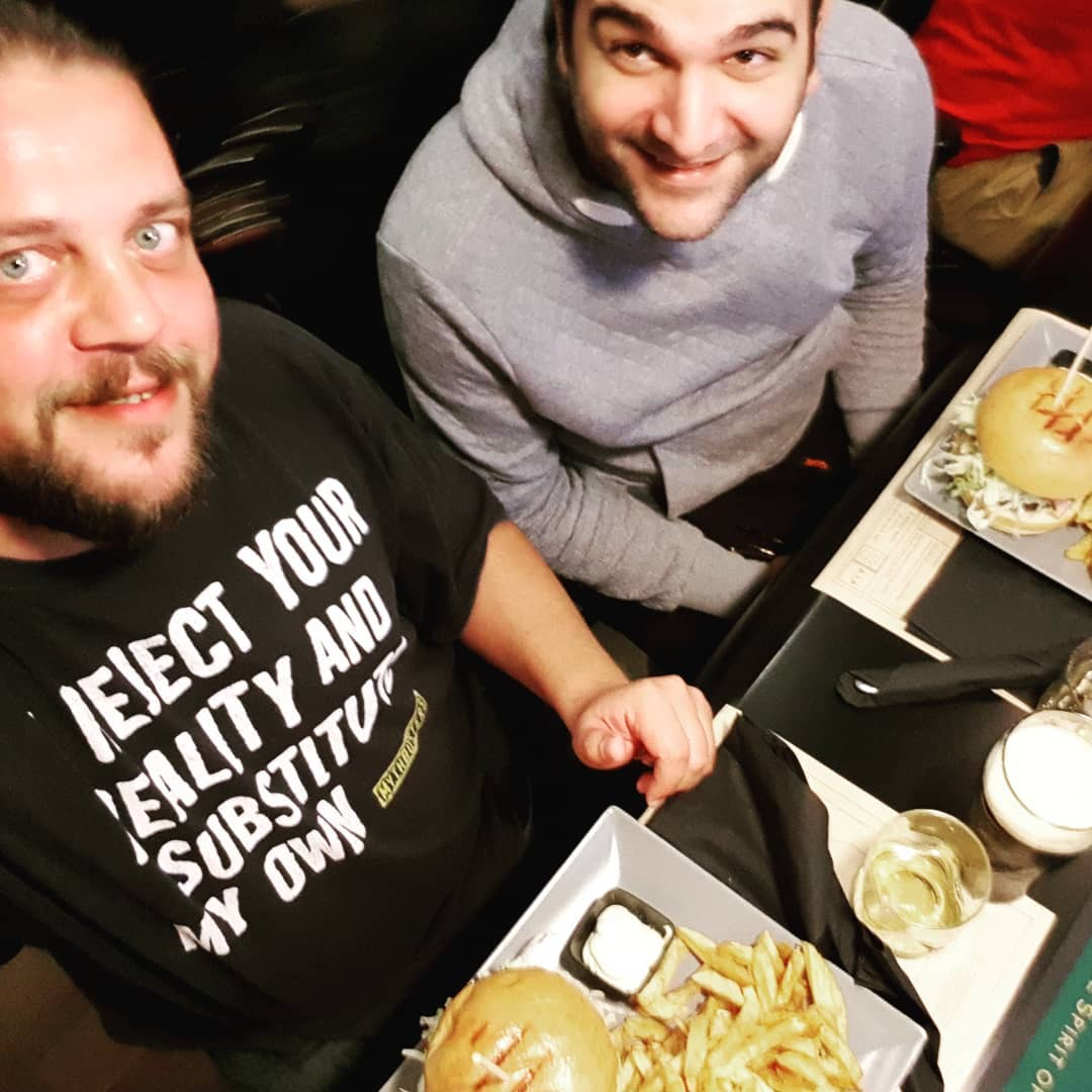 1 hour in Athens: 2 whiskey + 2 pints + 2 burgers = 2 happy guys